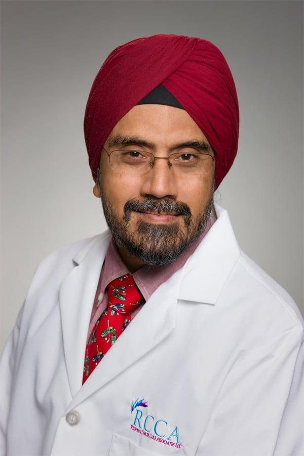 Dr. Charanjeev Kapoor