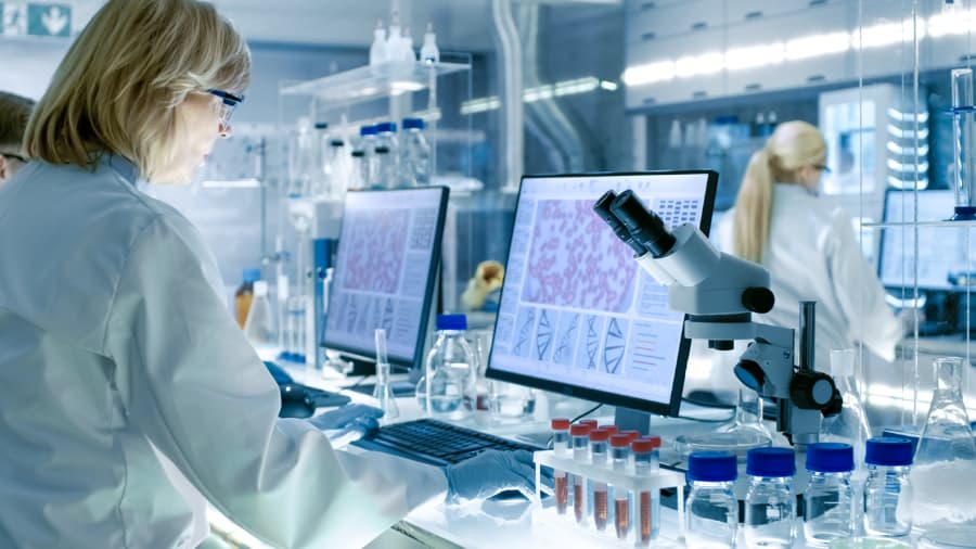 Clinical Cancer Trial Researchers In Lab